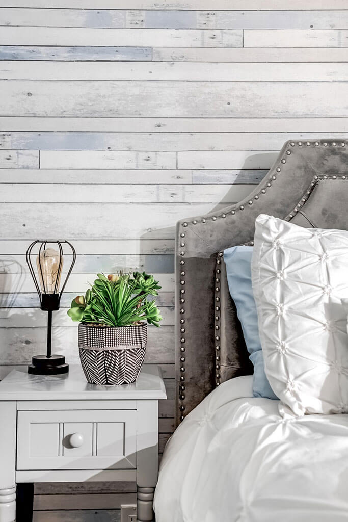 elle-cherie-bedroom-feature-wall